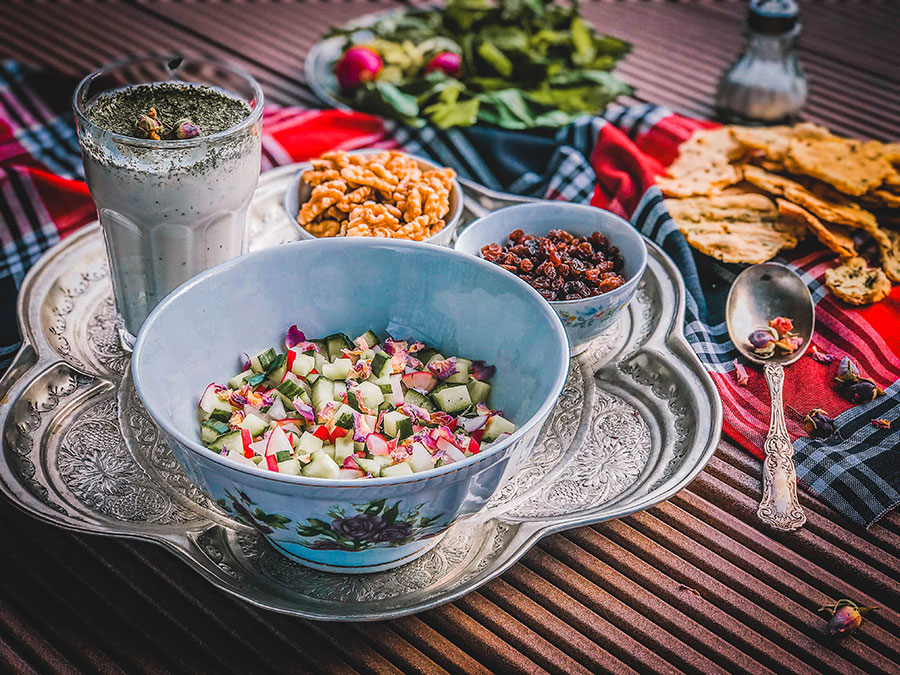 Abdoogh khiar, Persian cold soup, Vegetarian Persian dishes