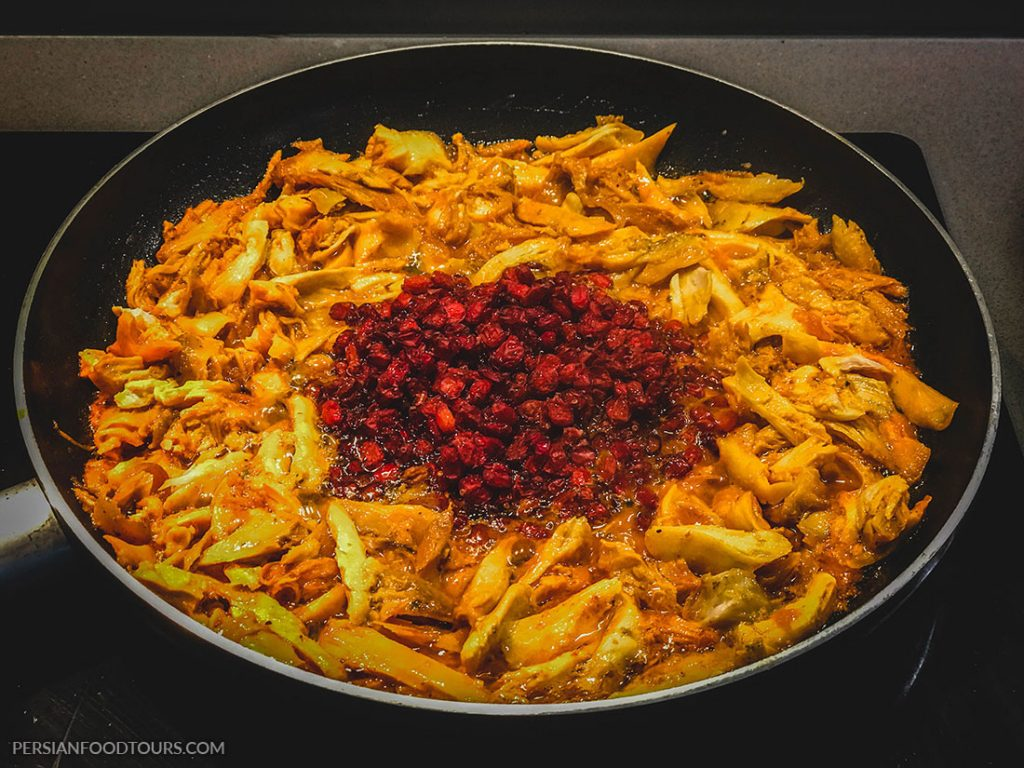 chicken and barberries for Tahchin